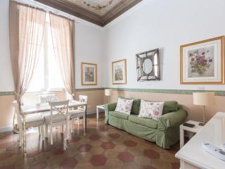 Ara Pacis Terrace Apartment