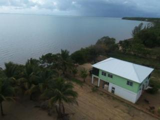 2 BR Beachfront Sunrise Cabana - Hopkins, Belize (