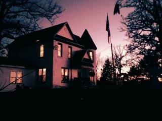 Haunted Castle House Bed and Breakfast, Osage Beach