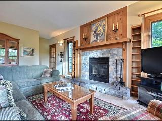 Private Balcony with Patio Set and Summer BBQ - Located in the Forest (6271), Mont-Tremblant National Park