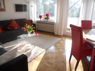 Vacation Apartment in Bonn - 6372 sqft, quiet, sunny, central (# 8082), Bona
