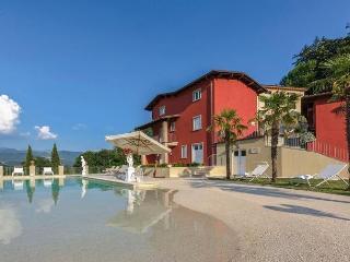 Villa Garfagnana 8, Camporgiano