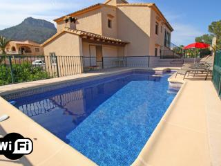 5 bedroom Villa in Calpe, Valencia, Spain : ref 5487639