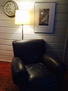 Great Leather Chair for Reading in Living Room