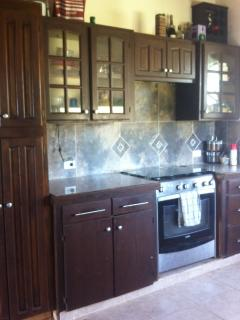 Well equipped kitchen with stainless steel appliances!