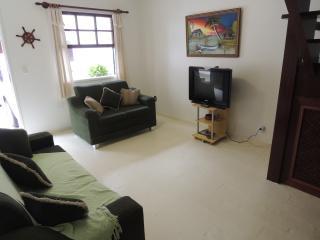 Casa 4 QTS a 300m da Praia do Peró, Cabo Frio
