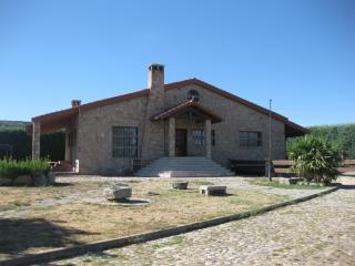 LA MADAMA  (CHALET RURAL CERCA DE AVILA), Province of Avila