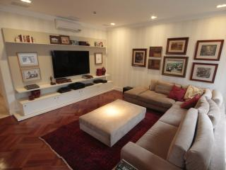 Spacious 3 Bedroom Apartment in Jardins, Sao Paulo