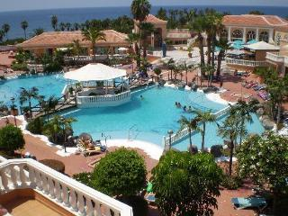WONDERFUL STUDIO/APT IN A LUXURIOUS RESORT!!, Playa de las Americas