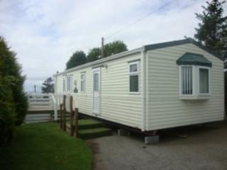 Luxury 35-foot Caravan at Rhydwyn near Church Bay