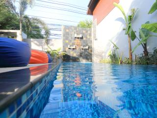 New Modern Apartment with Pool B, Surat Thani