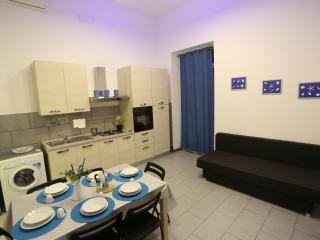 (6) Casa Vacanze Ciclopi Acitrezza.