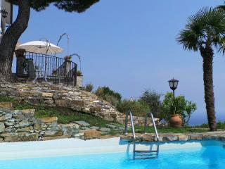 Villa Elisa, private pool & garden, San Lorenzo della Costa