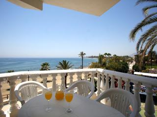 Cortijo Blanco Beach Front Apartment