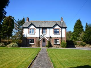 FOWLE House in Dartmoor Nation, Coryton