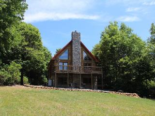 Enjoy Cool Mountain Breezes and Privacy Near The Blue Ridge Parkway!, Deep Gap