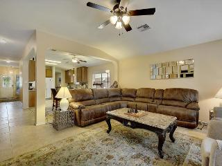 Conveniently Located North Austin 4BR w/ Spacious Yard - Near Downtown