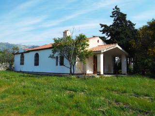 casetta bianca in campagna alle porte del Gargano, Monte Sant'Angelo