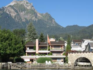 Direkt am See Ferienwohnung nahe Luzern, Hergiswil