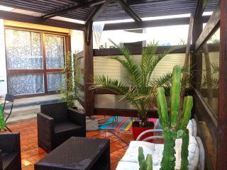 Studio avec terrasse dans résidence avec piscine, Perpignan