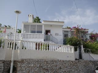 Cerro Mar, 2 beds, private garden, close to beach, Peniscola