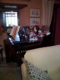 Sala colazione e pianoforte - Breakfast room and piano