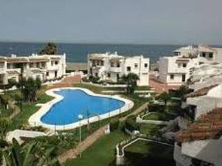 Apartamento a pie de playa-  Urb. Pedraza Beach, San Luis de Sabinillas