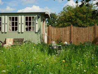 Apple Tree Cabin, Tadcaster, York, Colton
