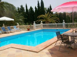 Private Villa apartment , extra large pool,, Moraira