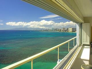 Ocean front condo, diamond head