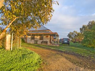 Bethany Cottages- Brick Cottage and Cellar Cottage, Tanunda