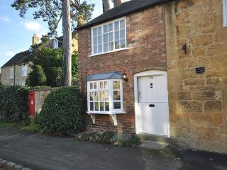 BROAD Cottage in Broadway