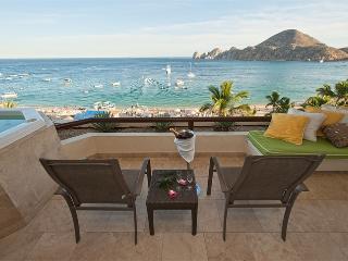 Cabo Villa 2 Bedroom executive suite w ocean views, Cabo San Lucas