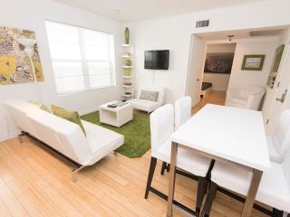 Rosemary apt. SoBe : The Perfect Place, Miami Beach