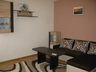 Melody Apartment - steps away from the Sea garden, Varna