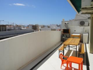 Apartment in Quarteira, 2min walking from the sea!
