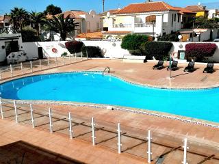 TENERIFE Cosy family app. Ground Floor view on swimming pool.