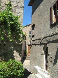 building from via san leonardo