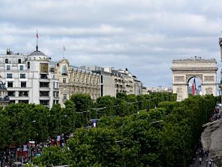 Balcony best view Champs-Elysées, París