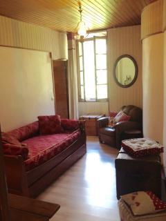 Chambre avec lit gigogne possiblilité de 2 lit de 80 ou 1 de 160