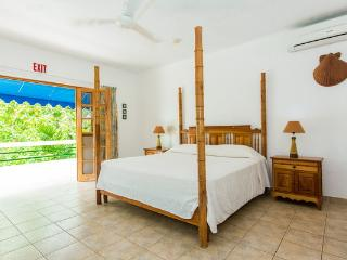 Penthouse - BH Condos, Negril