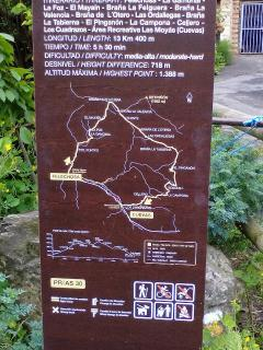 Hay muchas rutas de senderismo señalizadas
