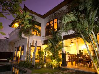 Villa Telu Petitenget Seminyak