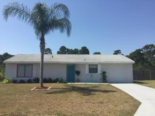 3br/2br..Minutes from the beach, Sebastian