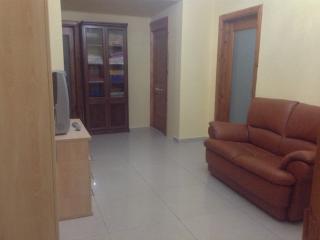 Private bedroom in Qawra (3)