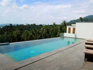 luxury 3 bedroom sea view villa with private pool