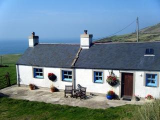 Beautiful Detached Welsh Cottage, magnificent view, Aberdaron