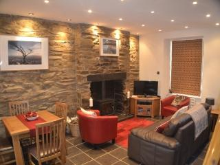 Snowdonia Cottage in a Picturesque Setting, Caernarfon