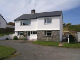 Superior Detached House, 2 minutes from the beach at Seaside Morfa Nefyn