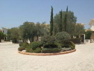 Aphrodite Hills Detached 2b/r villa with Pool, Pafos